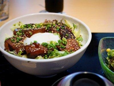 望洋閣のロザリオポークの南蛮丼