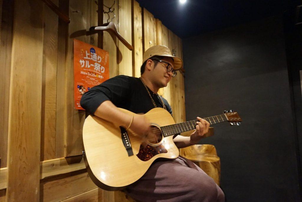 上通サルー祭り高松食堂ミュージシャン