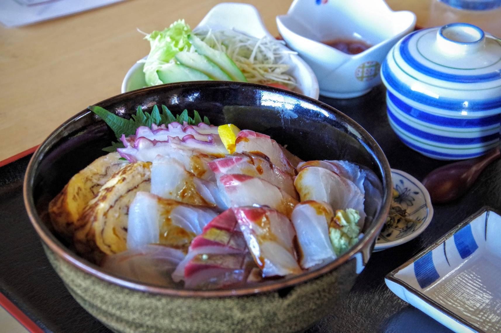 手作り料理の店 愼心の海鮮丼