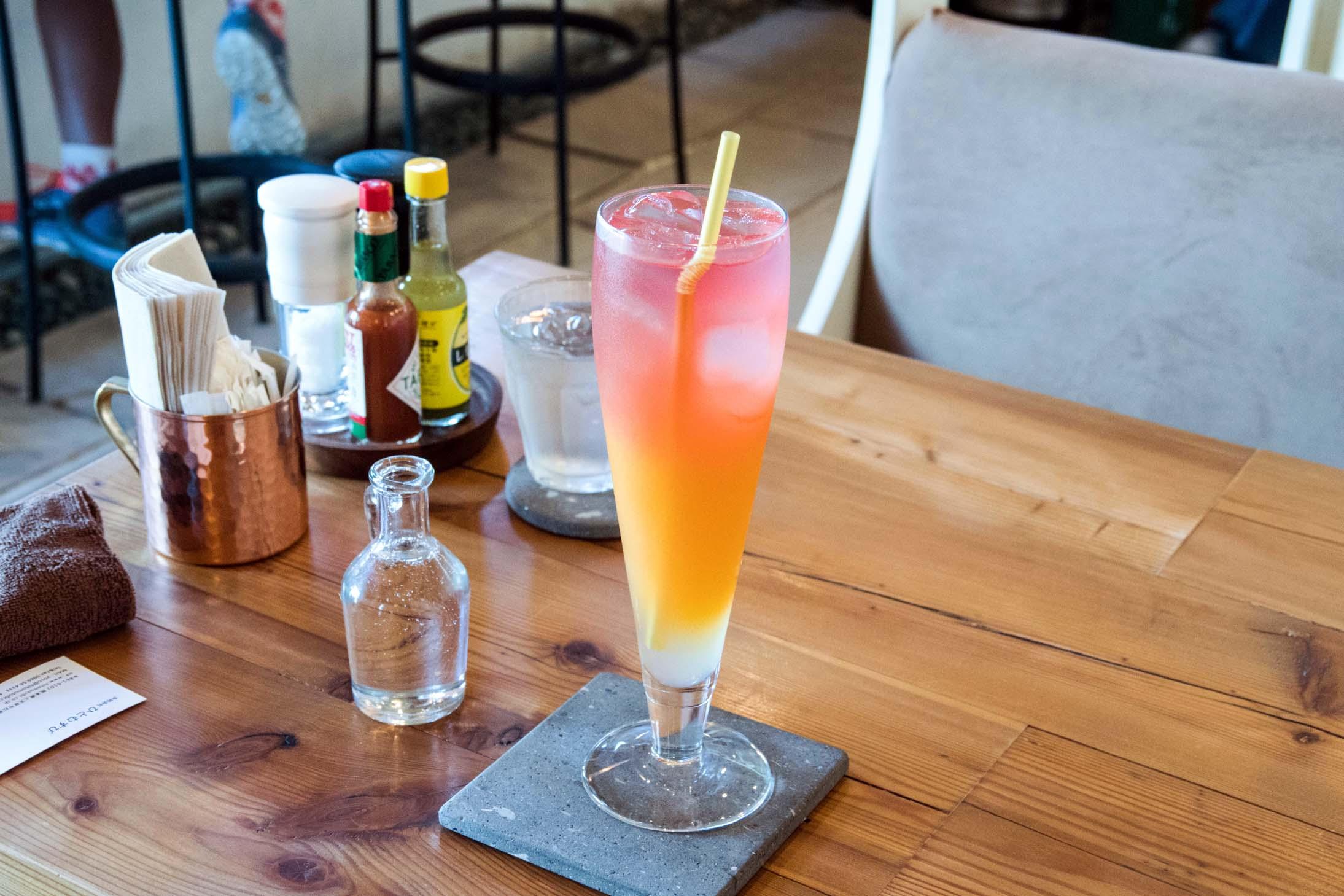 Cafe&Bar Marcoのアイスみかんパッションティー