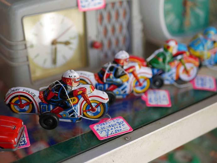 昭和レトロショップ懐かし屋の飛行機のおもちゃ2