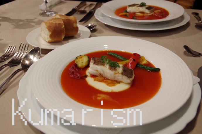 トマトとジャガイモの二色ソース