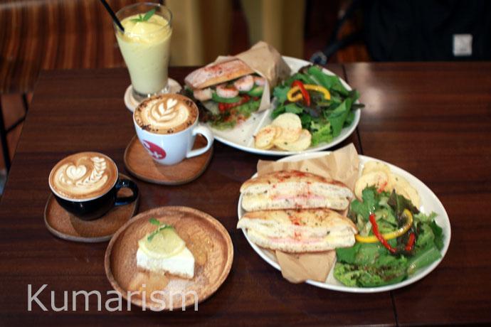 [Cafe-SWITCH] 上通りにあるキュートなラテアートにおもわずほっこりなおしゃれカフェ♪
