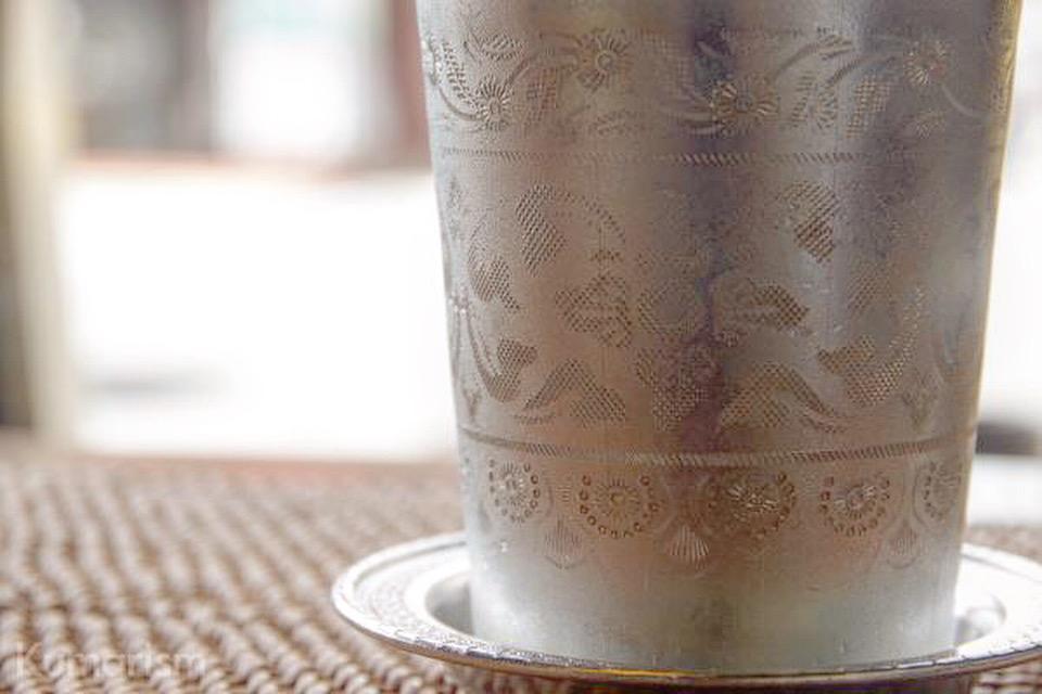 チャイのカップ