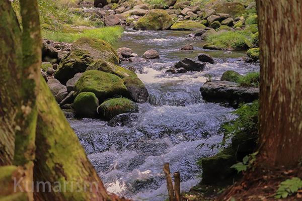 立岩渓谷1
